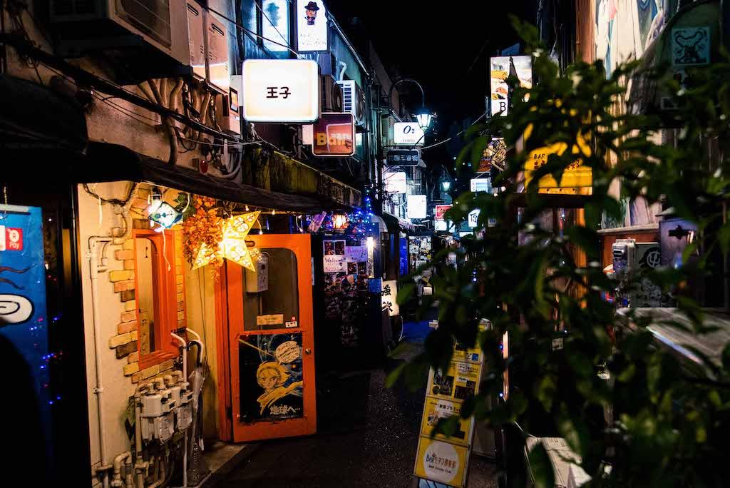 Golden Gai - Shinjuku. Photography: https://www.instagram.com/rossharrison_tokyo/